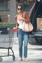 Brooke Burke - Shopping Groceries in Malibu 9/7/2016