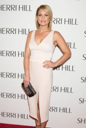 Candace Cameron Bure – Sherri Hill Show – 2017 S/S New York Fashion Week 09/12/2016