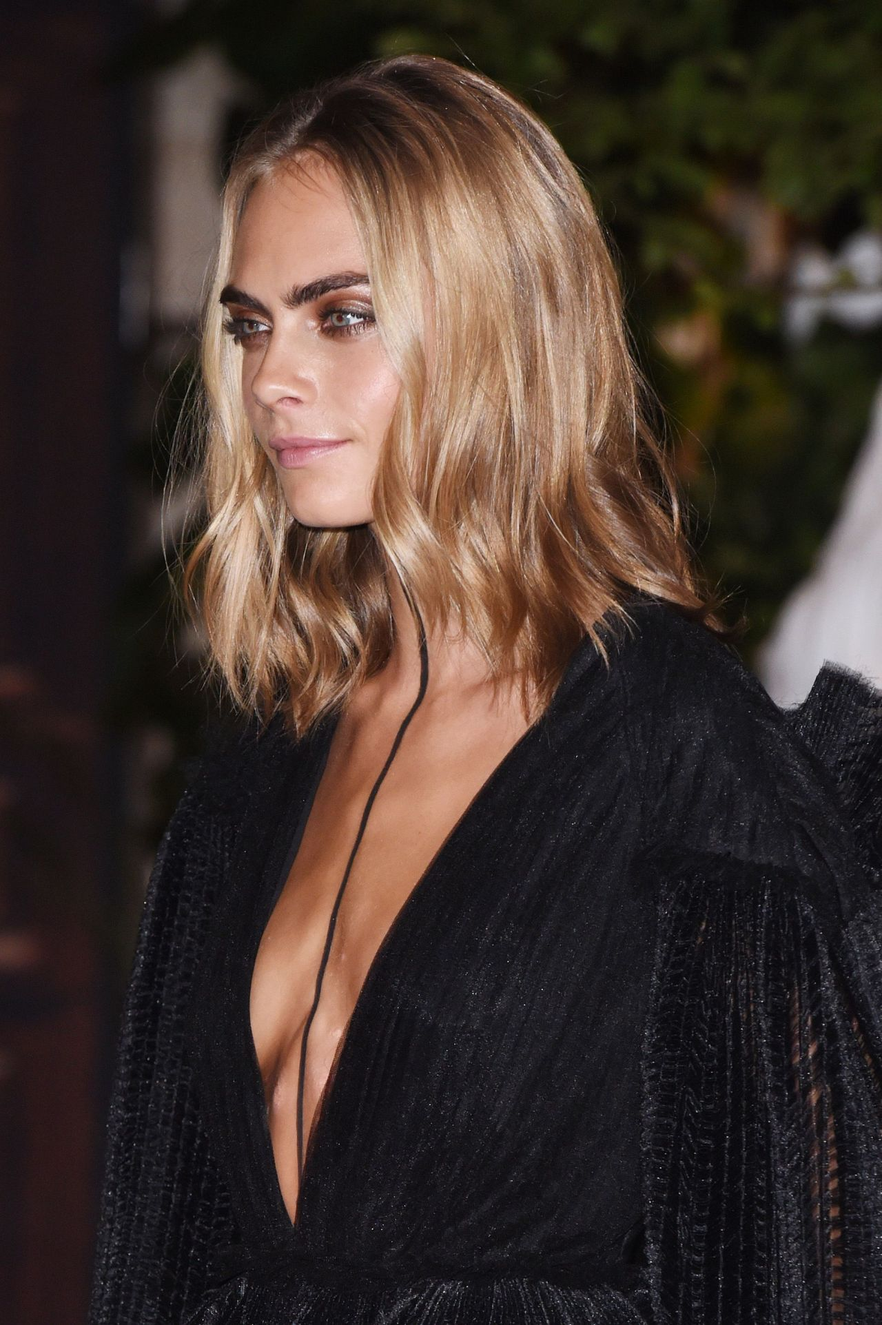 Cara Delevingne At Burberry Show London Fashion Week 9