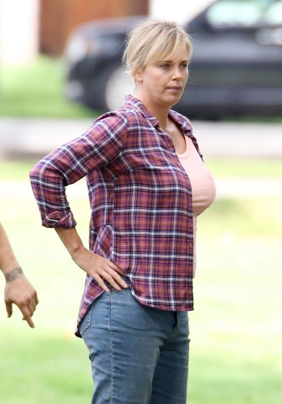 Charlize Theron - On the set of