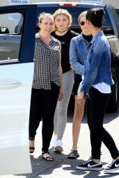 Chloe Grace Moretz and Friends Out in  Beverly Hills 09/22/2016