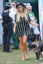 Chloe Meadows – PupAid Anti-Puppy Farming Event in Primrose Hill, London 9/3/2016