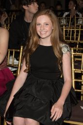 Clare Foley – Sherri Hill Show – 2017 S/S New York Fashion Week 09/12/2016