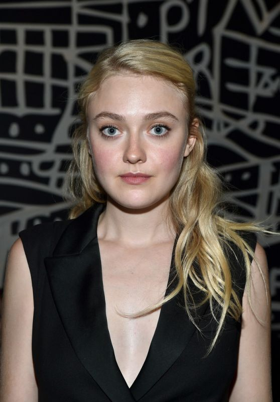 Dakota Fanning - Entertainment Weekly