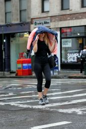 Dakota Fanning in Leggings - Leaving Gym in Soho New York 9/19/2016