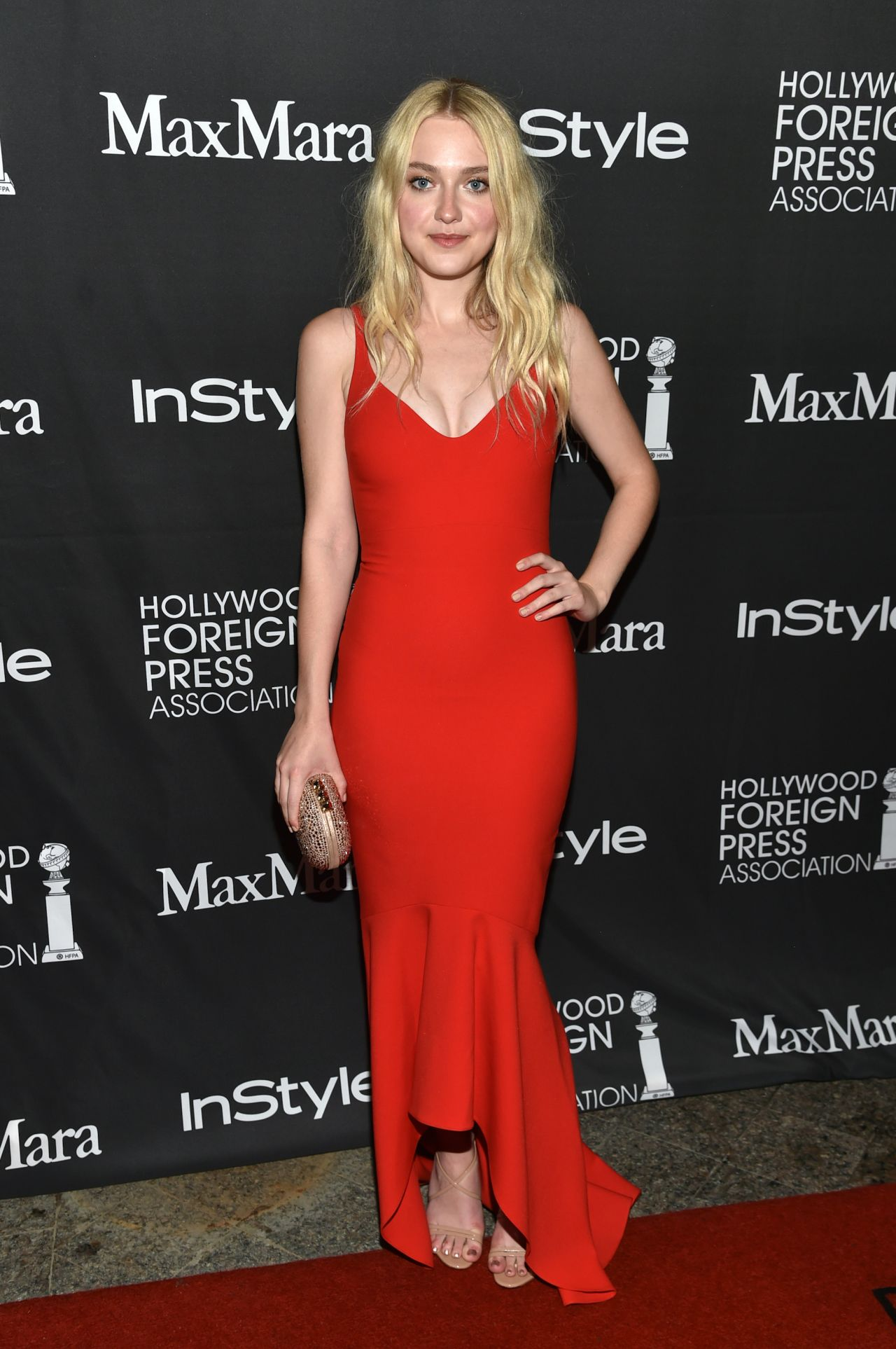 Dakota Fanning - InSty...