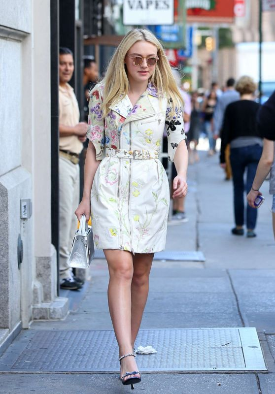 Dakota Fanning - Leaving Her Apartment in New York City 9/7/2016