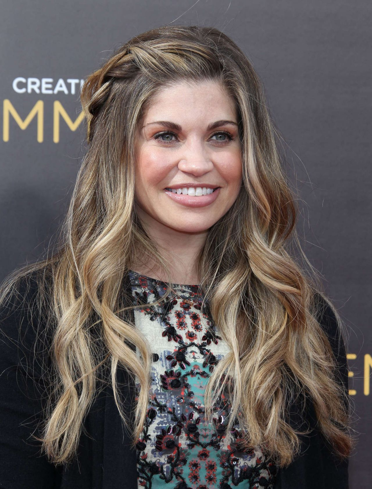 Danielle Fishel Creative Arts Emmy S Awards In Los
