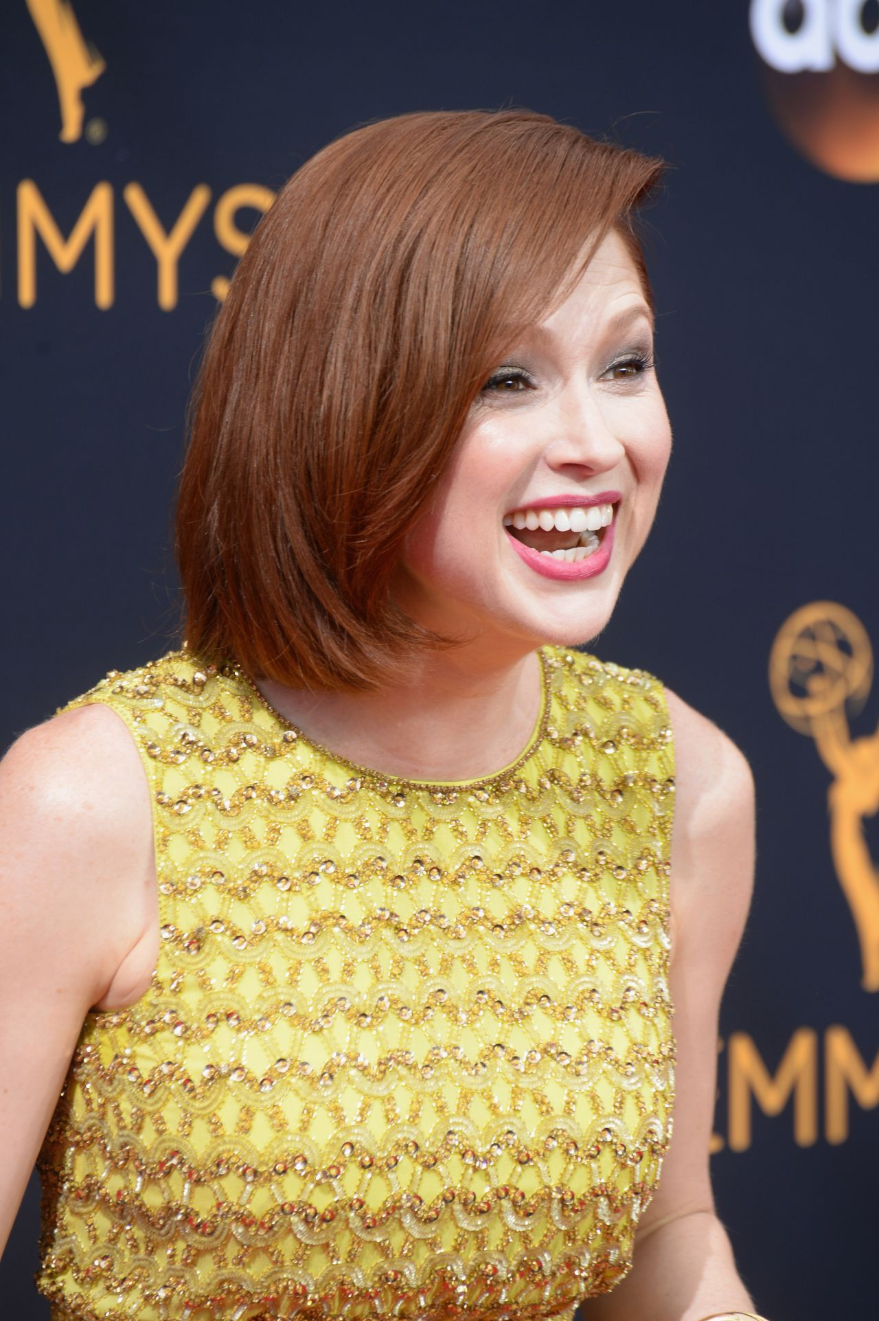 Ellie Kemper Nude Photos 65