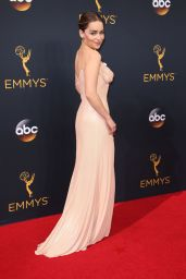 Emilia Clarke – 68th Annual Emmy Awards in Los Angeles 09/18/2016