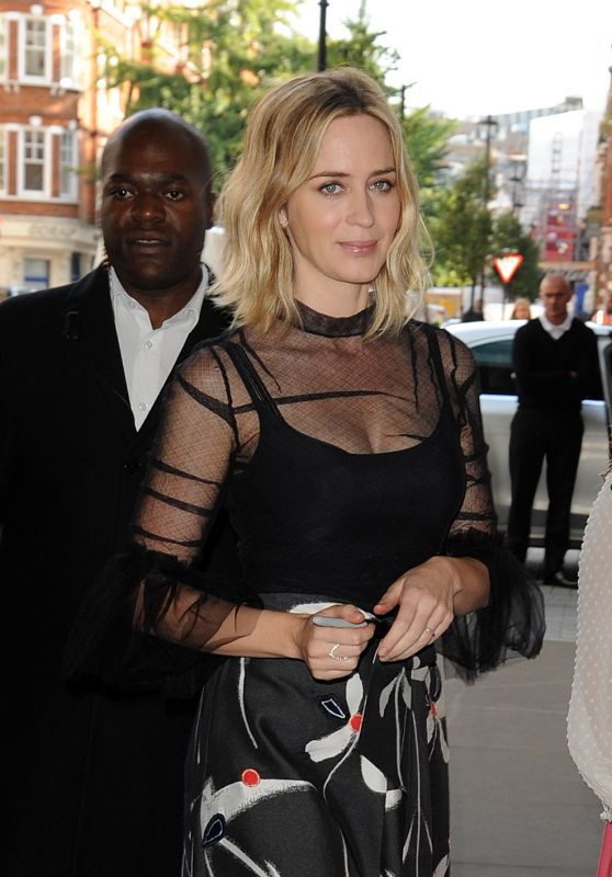 Emily Blunt Style - Arrives at BBC Radio 1 in London, UK 9/20/2016