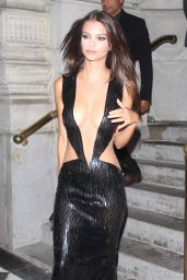 Emily Ratajkowski – Harper's Bazaar Celebrates ICONS Party at New York Fashion Week 9/9/2016