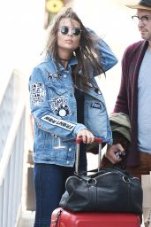 Emily Ratajkowski Urban Style - On Her Way to LAX in LA 9/21/2016