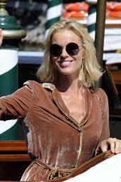 Eva Herzigova Style - Visits Hotel Excelsior, Venice 9/2/2016