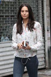 Genesis Rodriguez Street Style - Manhattan in New York 9/1/2016