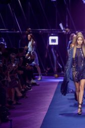 Gigi Hadid - Versace S/S 2017 Show in Milan, September 2016