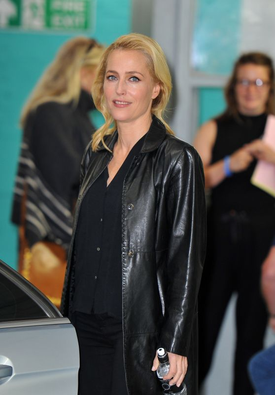 Gillian Anderson - ITV This Morning Studios in London 9/22/2016