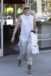 Gwen Stefani - Shopping in Studio City 9/25/2016