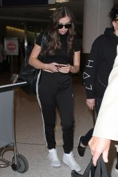 Hailee Steinfeld - Arrives at LAX Airport in Los Angeles 9/26/ 2016