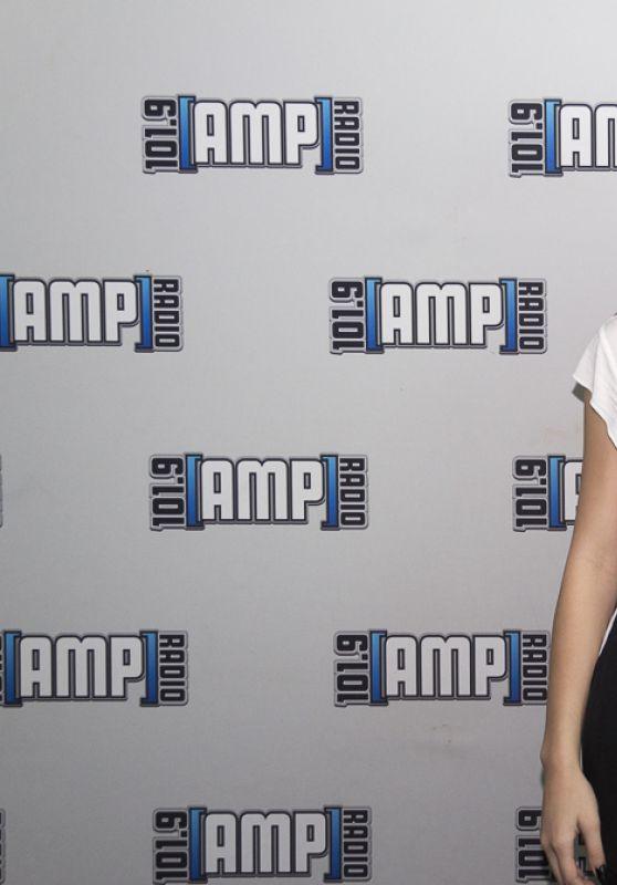 Hailee Steinfeld at 101.9 AMP Radio in Orlando, FL 9/18/2016