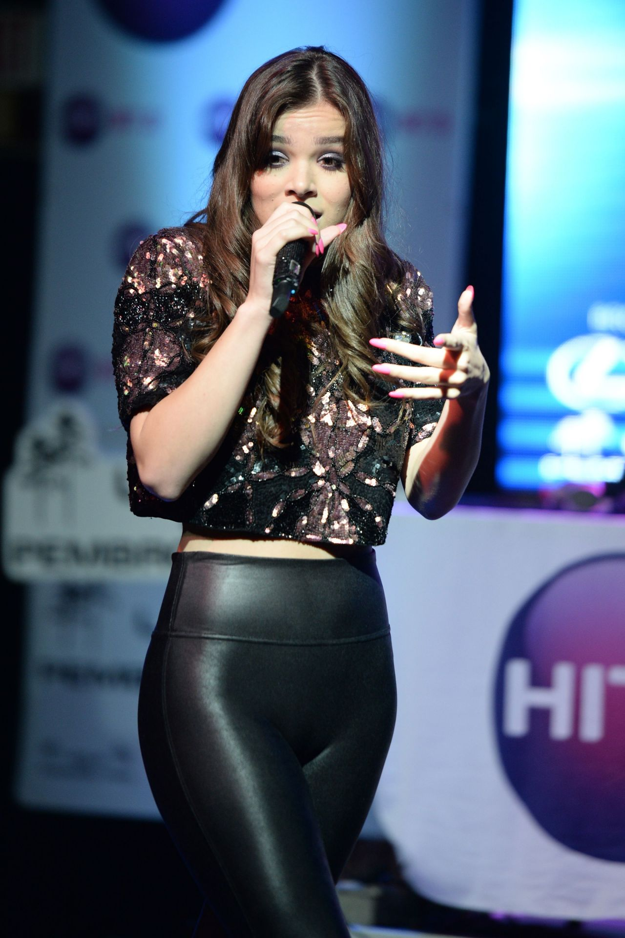 Hailee Steinfeld - Hits 973 Sessions At Revolution In -1695