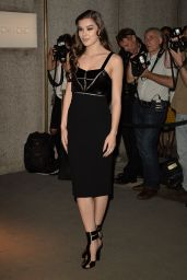 Hailee Steinfeld - Tom Ford Fashion Show - New York Fashion Week, 9/7/2016