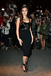 Hailee Steinfeld - Tom Ford Fashion Show - New York Fashion Week, 9/7/2016