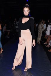 Hailey Clauson - Cushnie Et Ochs Fashion Show at New York Fashion Week 9/9/2016