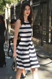 Hilary Rhoda - Arrives at Carolina Herrera Fashion Show in New York 9/12/2016