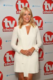 Holly Willoughby – TV Choice Awards in London 9/5/2016