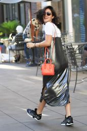 Isabelle Fuhrman - Shopping at the Grove in Los Angeles 9/1/2016