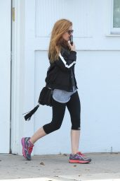 Isla Fisher in Workout Gear - Shopping in Beverly Hills 9/21/2016