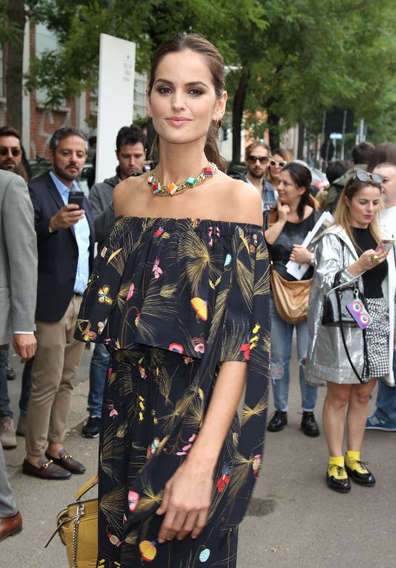 Izabel Goulart – Fendi Fashion Show Arrivals in Milan 9/21/2016