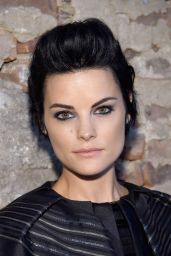 Jaimie Alexander - Backstage at Christian Siriano Show at NYFW in New York 9/10/2016