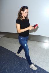 Jennifer Garner at LAX Airport in Los Angeles 9/26/2016