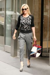 Jenny McCarthy Style - Leaving SiriusXM Studios in NYC 9/27/ 2016