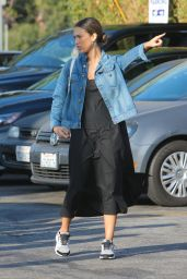 Jessica Alba Street Style - Going to Lunch in Venice 9/4/2016