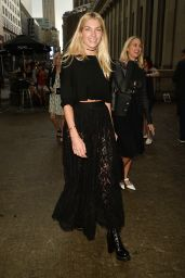 Jessica Hart – The Marchesa Spring/Summer 2017 Fashion Show in New York City 9/14/2016