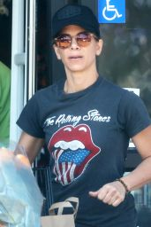 Jillian Michaels - Shops Healthy in Malibu 9/4/2016