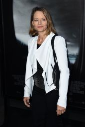 Jodie Foster - L.A. Industry Screening of Warner Bros. Pictures