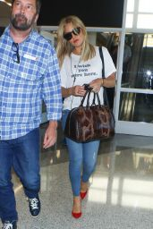 Kate Hudson at LAX Airport in Los Angeles 9/14/2016