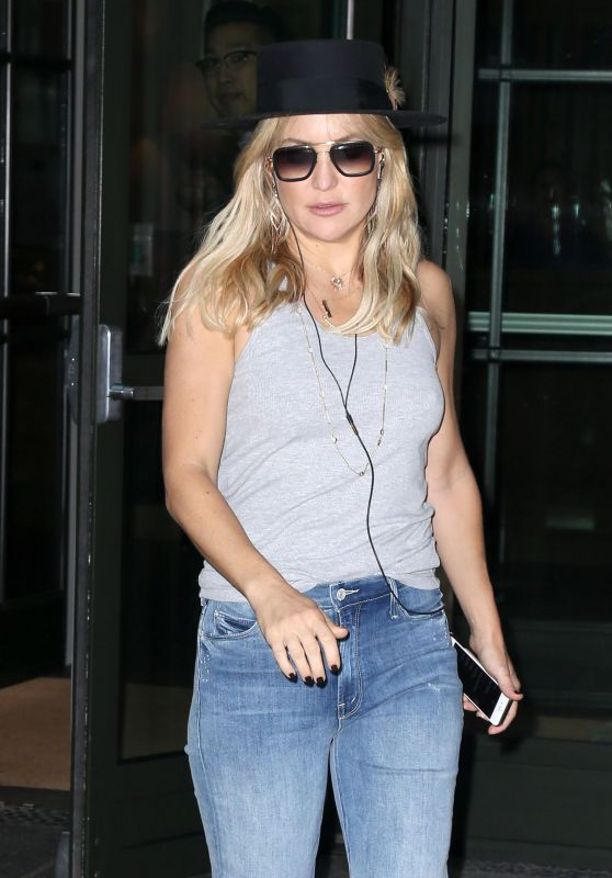 Kate Hudson in Jeans - Out in New York City 9/28/2016