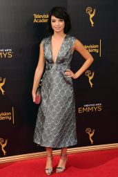 Kate Micucci – Creative Arts Emmy Awards in LA – Day 1, 9/10/2016