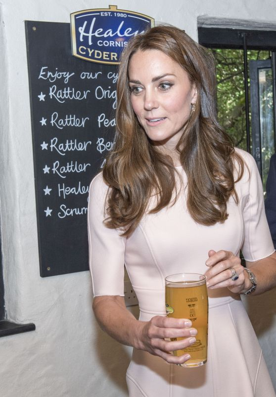 Kate Middleton - Healey