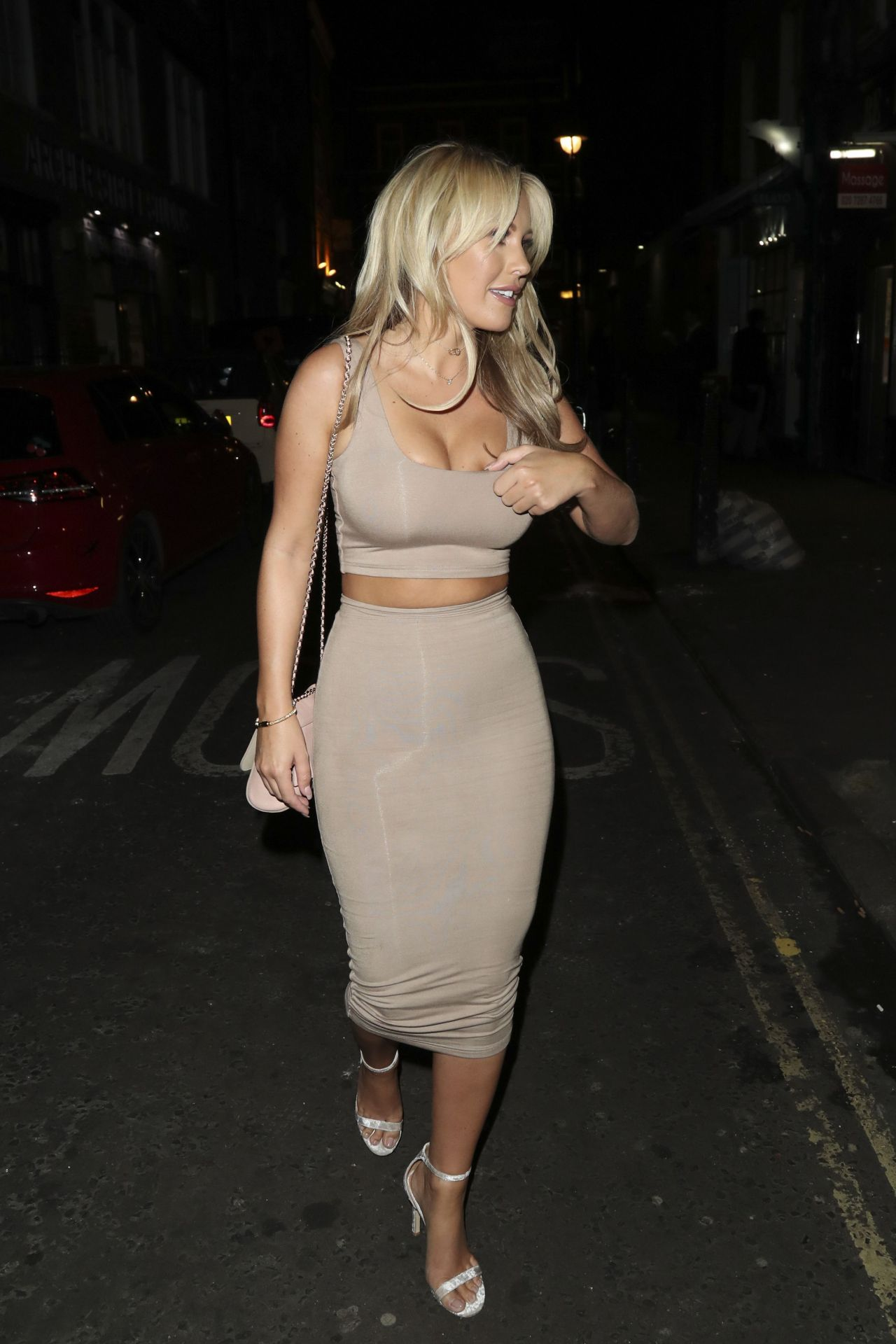 Kate Wright Hang Dr Party In London 9 20 2016
