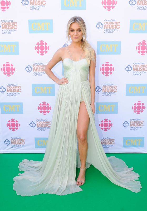 Kelsea Ballerini - Canadian Country Music Association Awards in Ontario, Canada 9/12/2016