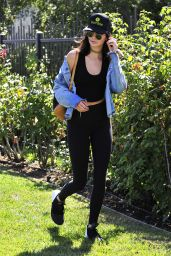 Kendall Jenner Street Style - Out in LA 9/5/2016