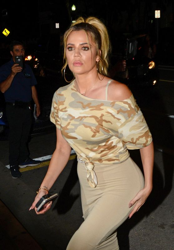 Khloe Kardashian at Prime One Twelve Restaurant in Miami 9/15/2016