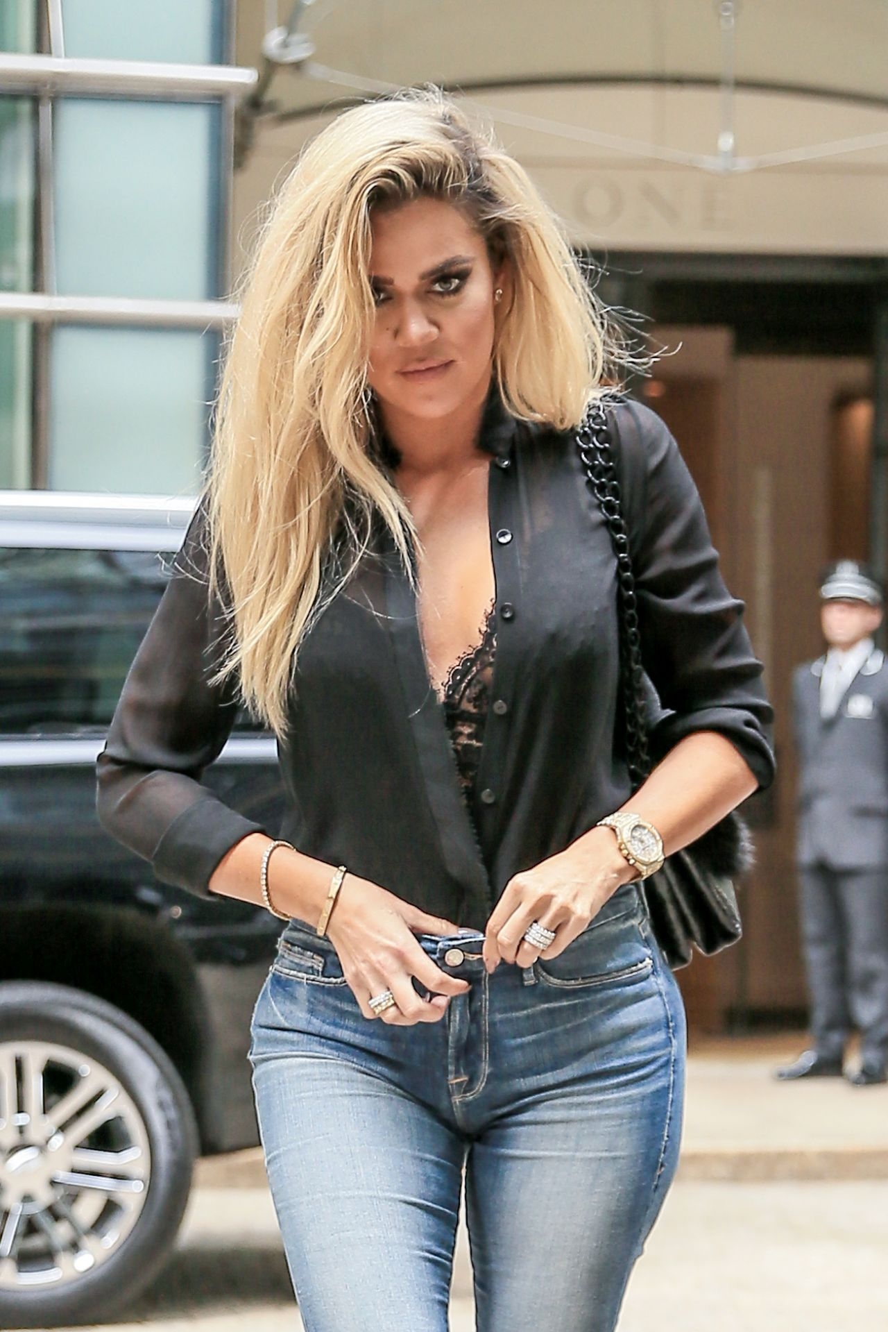 Khloe Kardashian Latest Photos Celebmafia