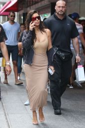 Kim Kardashian - Shopping in Toronto 8/31/2016